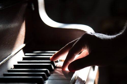 Piano spelen | piano stemmen