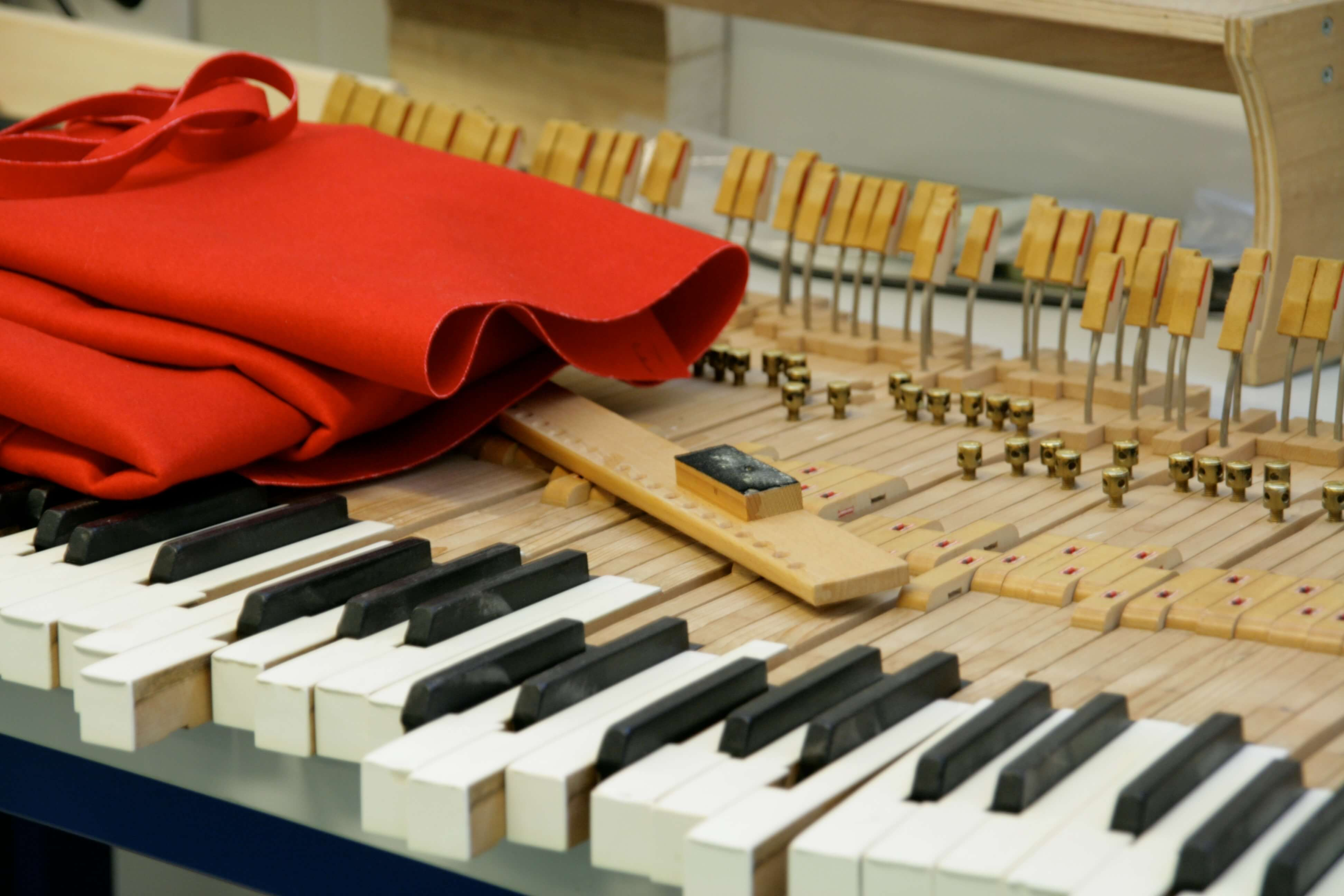 Piano revisie Een piano aankoop keuring brengt het totale plaatje in beeld